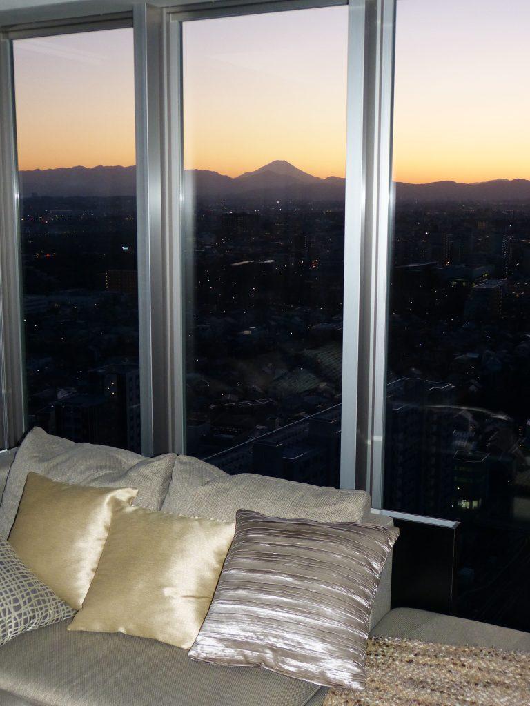 ウエスト棟25階モデルルーム室内写真。2020年2月当社撮影